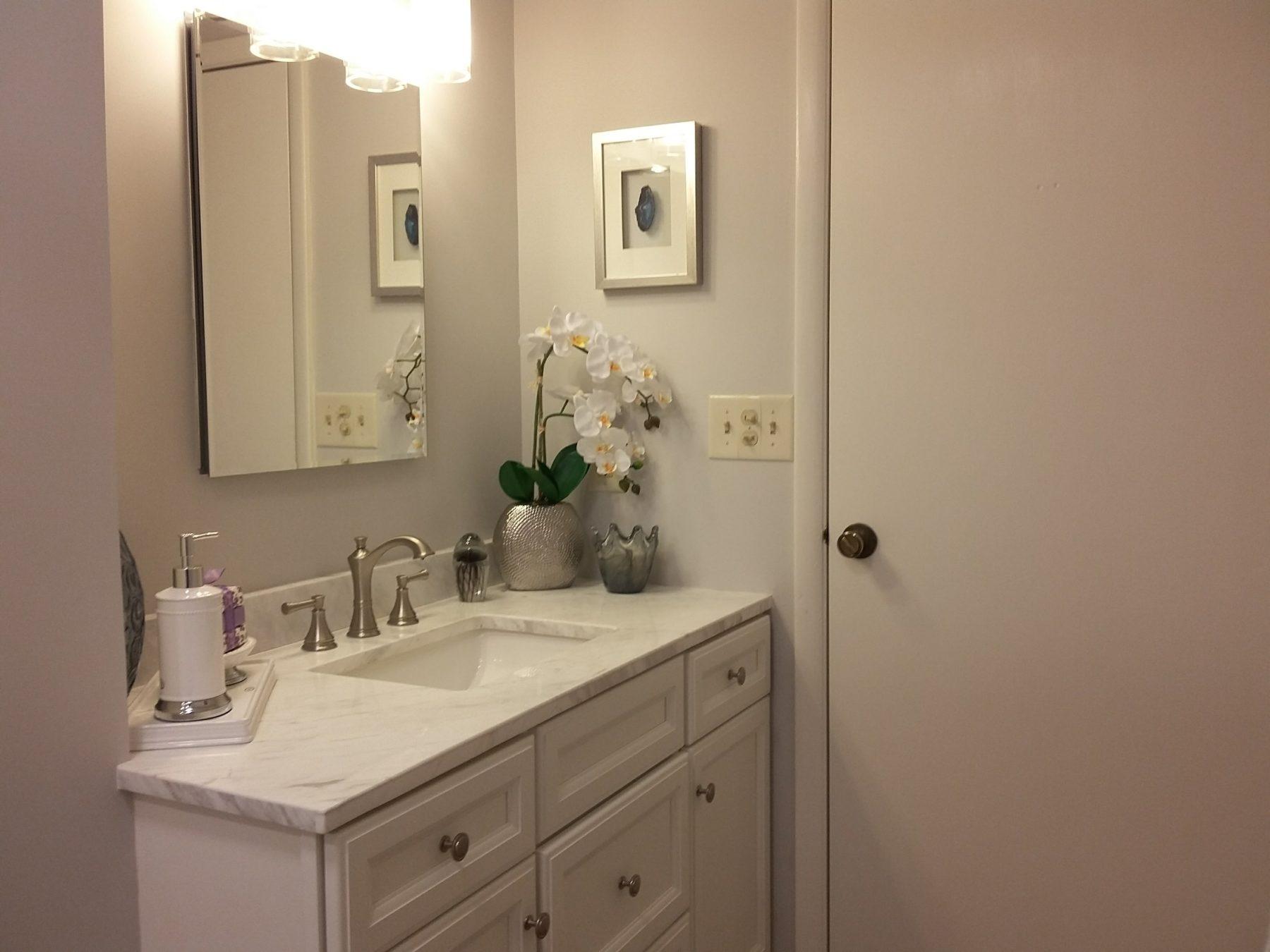 How To Dress Your Small Bathroom Ewc Home Services
